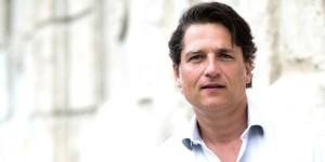 """Wochenzeitung """"Der Freitag"""": Stellenabbau soll Ueberleben sichern"""